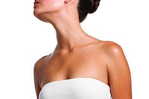 How Your Neck & Décolleté Reveal Your Age thumbnail