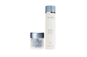 ageLOC®  Tru Face Essence Ultra ADR Package