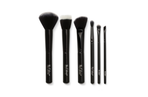 Nu Colour® Professional Makeup Brush Set