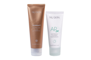 AP 24 Whitening Toothpaste with Sunright Instaglow